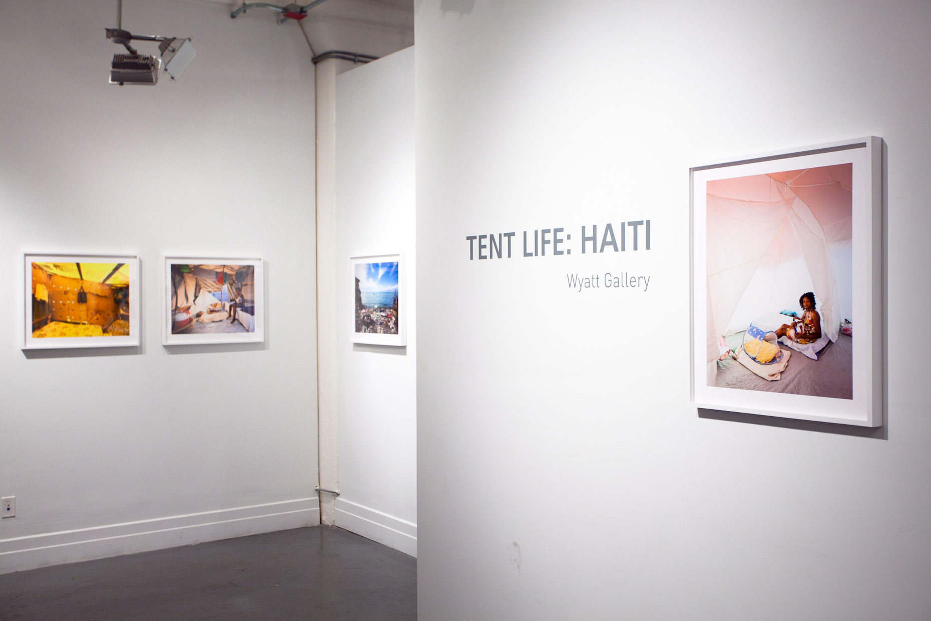tentlifehaiti-exhibition_030